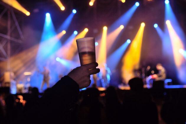 Κοκτέιλ πάρτι με ζωντανή μουσική 4