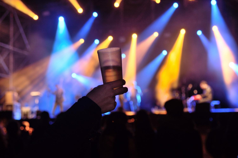 Κοκτέιλ πάρτι με ζωντανή μουσική 1